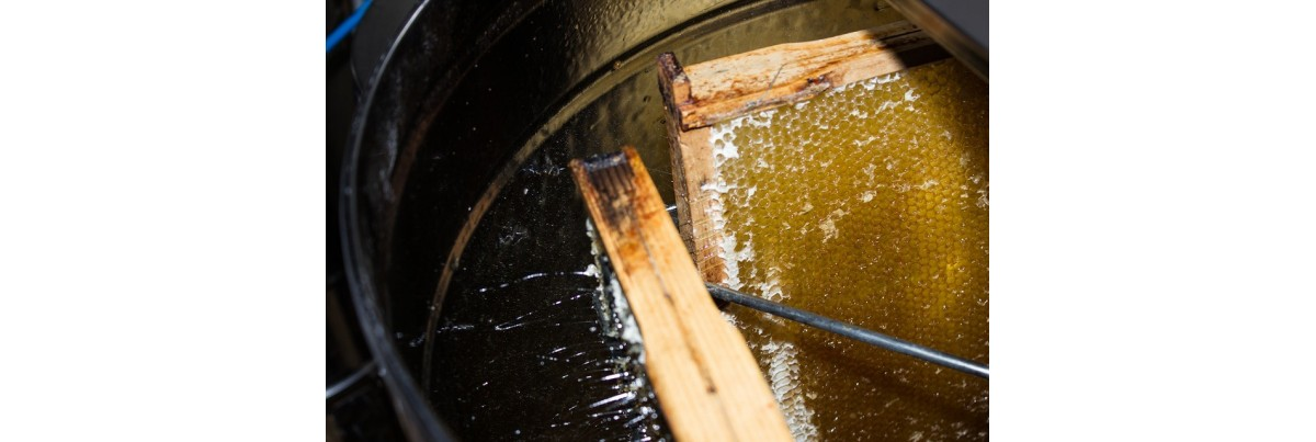 Le travail en miellerie